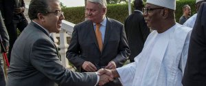 Mongi Hamdi (L), Hervé Ladsous (center), IBK (R) (photo: MINUSMA)